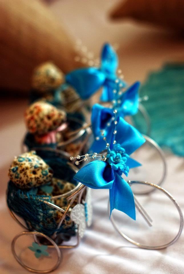 Blue giveaways